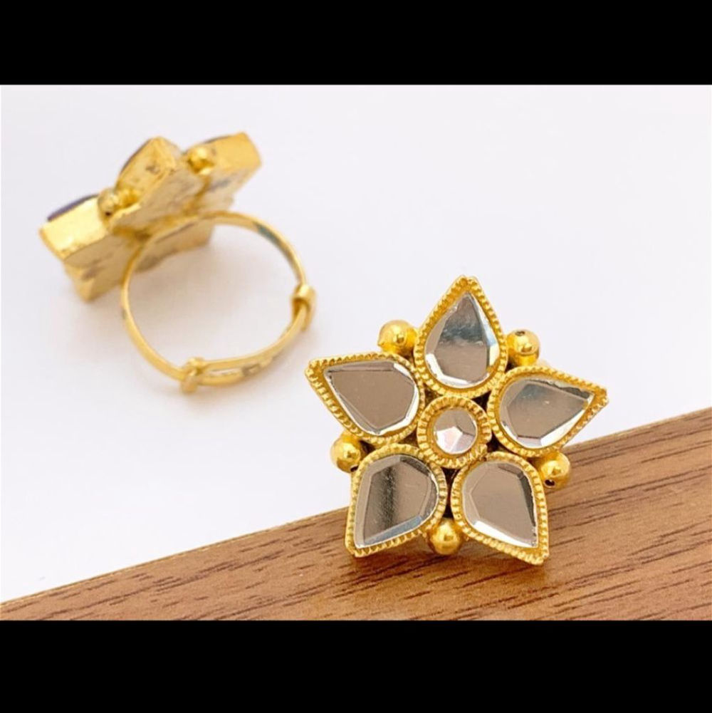 Basic Traditional Ring