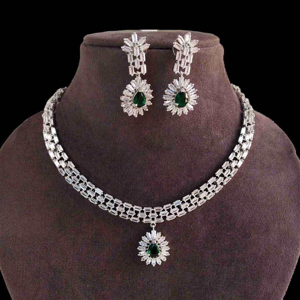 Diamond Cut Sleek Necklace Set